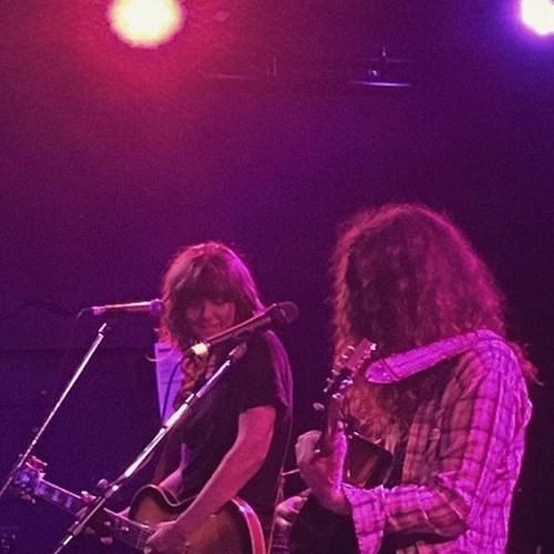 When Courtney Barnett joined Kurt Vile on stage at the NSC.. 😍 Dreams do come true. 📷: @_akabutts_ #livemusic #northcotesocialclub #courtneybarnett #kurtvile