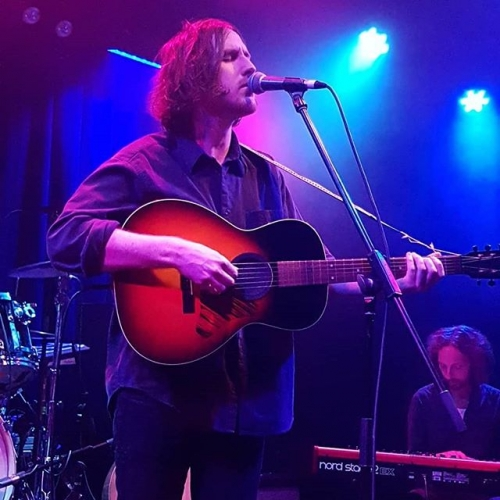 As far as indie-folk artists go Alexander Biggs is a pretty brilliant one. He opened for Tia Gostelow over the weekend and we're thrilled to have him back this December, get down to hear what all the fuss is about! 📸 @lostgirlred