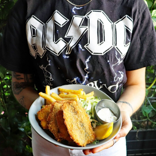 Fish fingers are BACK (in black) on the lunch specials this week and goddamn if you like yourself a bit of salty crumbed goodness, you're in for a treat.  Full menu up at northcotesocialclub.com.